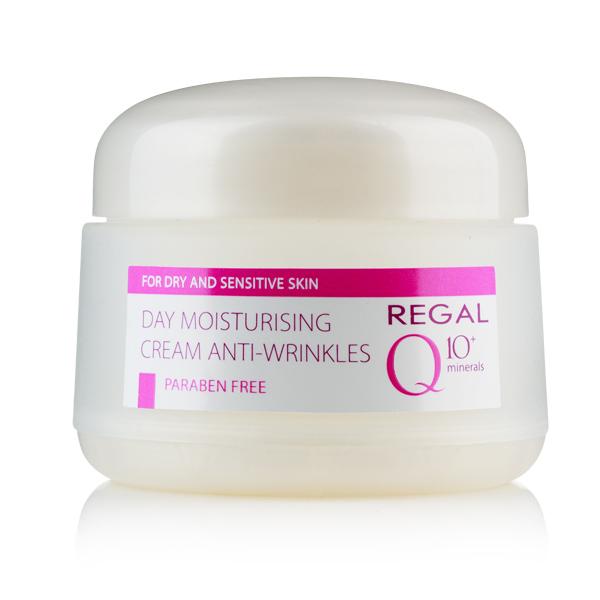 Kem chống lão hóa cho da khô và da nhạy cảm Day Moisturizing Cream Anti Wrinkle - Regal Q10